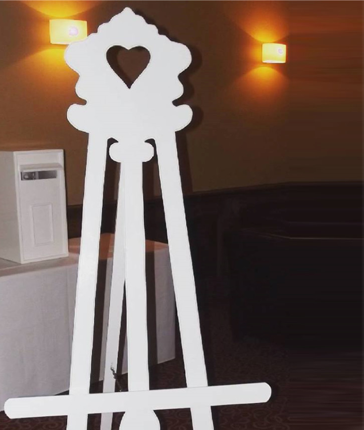An image of an Easel Stand used at a party