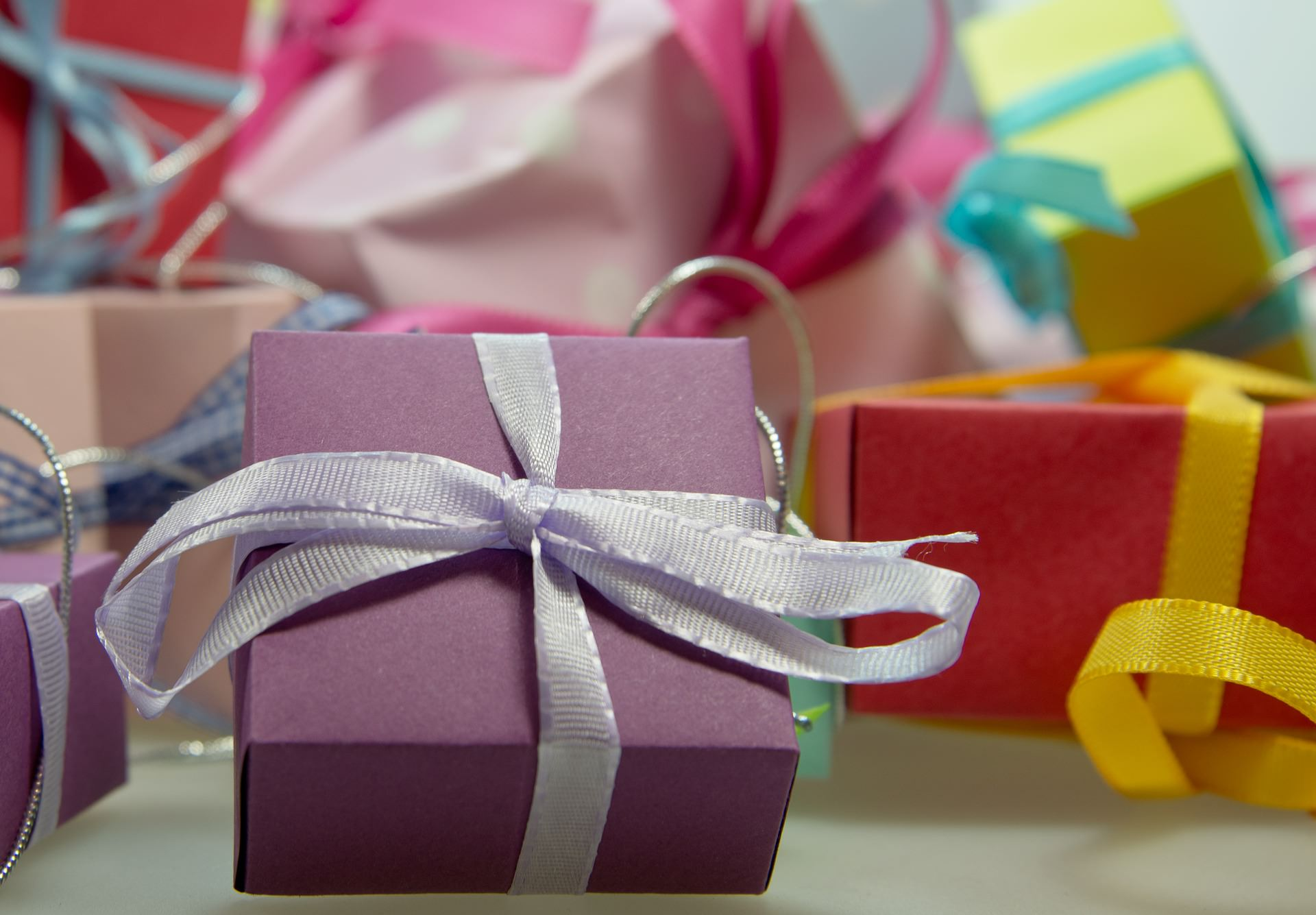 An image of gifts that have been wrapped up for a best friend.